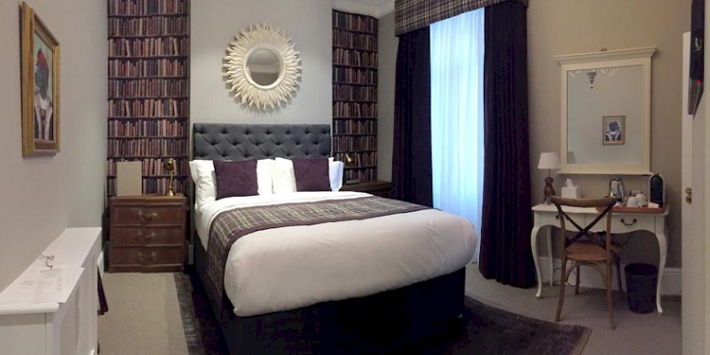 A room at The One Tun, a moderately priced B&B above a Clerkenwell pub (Photo courtesy of the property)