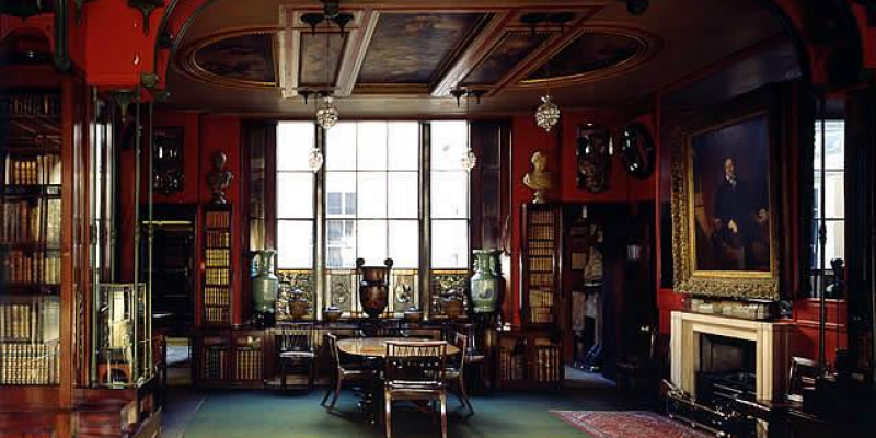 A room at the Sir John Soane Museum (Photo by Martina Muharib)