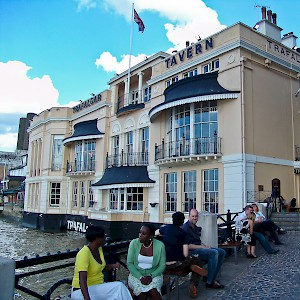 The Trafalgar Tavern in Greenwich, London (Photo © Reid Bramblett)