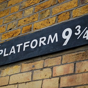 Platform 9 3/4 at King's Cross Station (Photo by MaX Corteggiano)