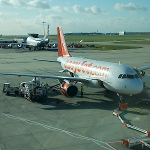 easyJet and Ryanair both use Stansted Airport (Photo by Aero Icarus)