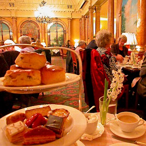 Afternoon tea at The Savoy Hotel (Photo © Reid Bramblett)