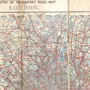 Get an updated map; this 1927 road map of London is interesting only as a historical document (Photo by mikeyashworth)