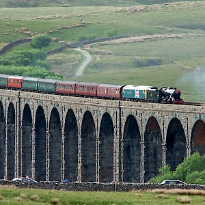 Crossing the Ribblehead Viaduct (Photo by Andrew)