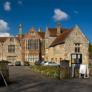 The 13C/14C King's House, home to the Salisbury Museum (Photo by Mike Searle)