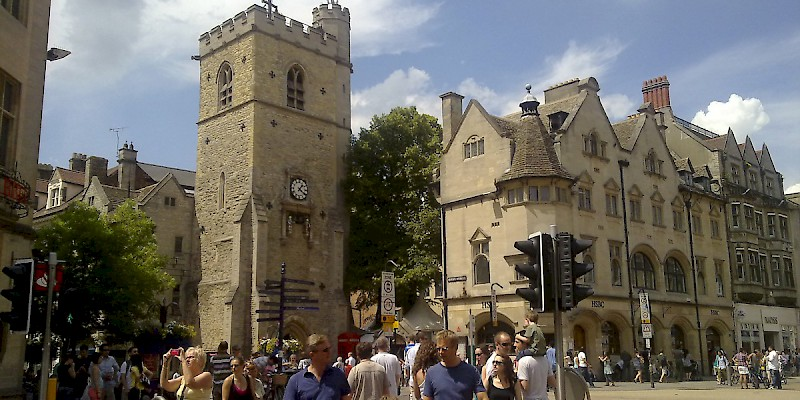Carfax Tower on Cornmarket, Carfax Tower, Oxford (Photo by ozeye)